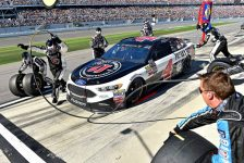 NASCAR and Twitter announce first-ever plan to live stream in-car cameras