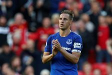 Everton sign sleeve sponsorship deal with Rovio Entertainment
