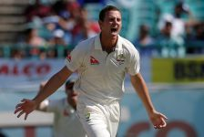Qantas extends Cricket Australia shirt sponsorship deal